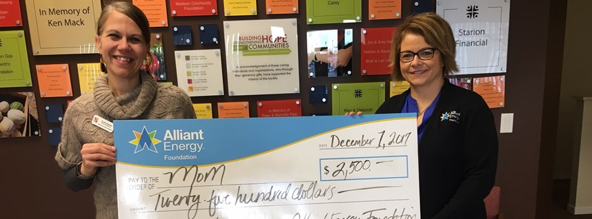 MOM Receives $2500 from Alliant Energy Center Foundation